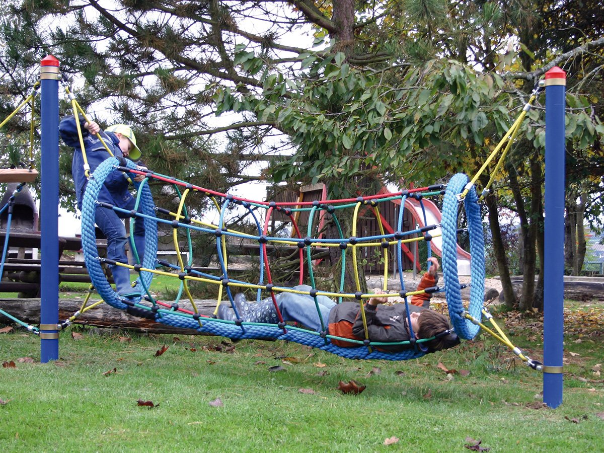 Fun-Parcours 2010 – Climbing Play Adventure tunnel